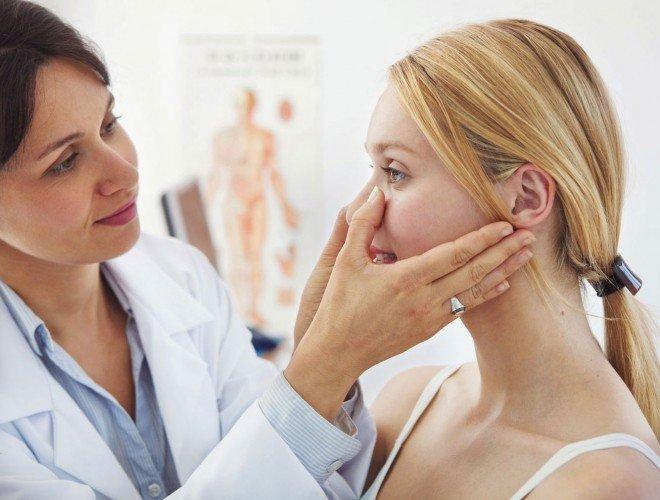 Есть проблемы с кожей, воспользуйтесь консультацией косметолога