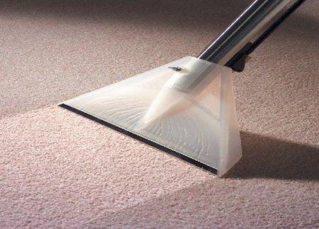 Как правильно ухаживать за ковром?