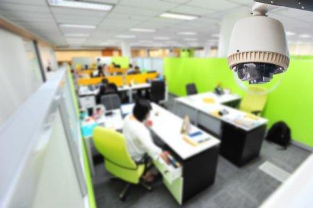 Организация видеонаблюдения в офисе: польза и законность